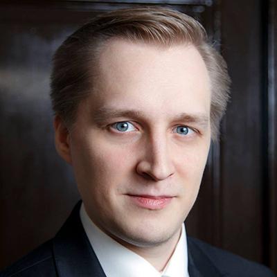 Headshot of Anton Didenko