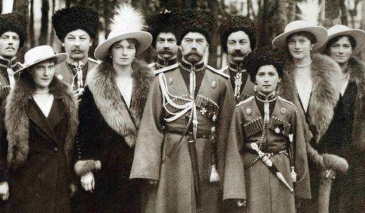 586690_090416_RomanovsCossacks1916cropped2.jpg