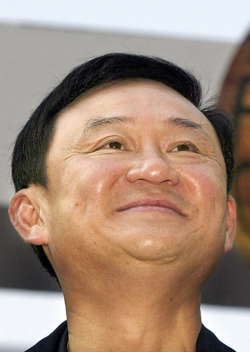 585210_090605_ThaksinShinawatraG_468x6595.jpg