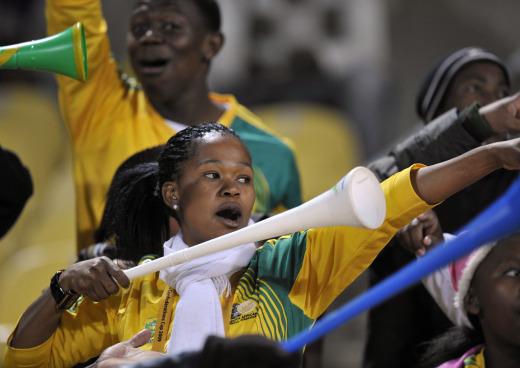 584673_090619_vuvuzela5.jpg