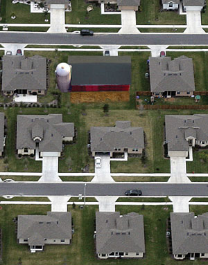 PHOTO ILLUSTRATION BY KATHERINE YESTER; SUBDIVISION, JEFF HAYNES/AFP/GETTY IMAGES