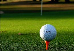582306_090812_golf2.jpg