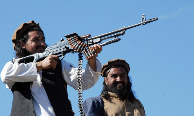 Hakimullah Mehsud, L, Wali ur-Rehman, R // A Majeed/AFP/Getty Images