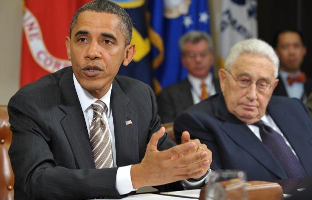 561656_101122_Kissinger2.jpg