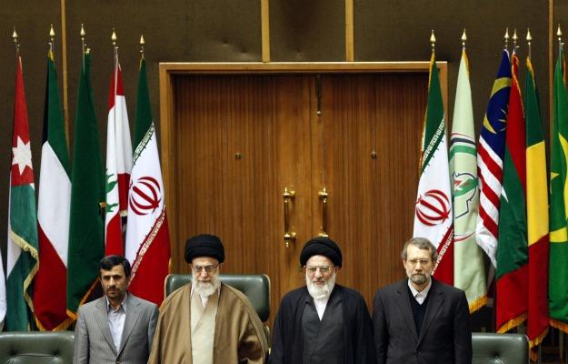 561365_101124_Ahmadinejad2.jpg