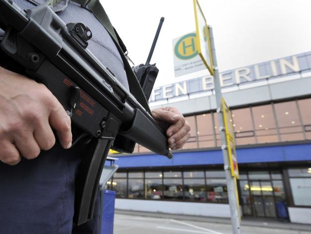BERND SETTNIK/AFP/Getty Images