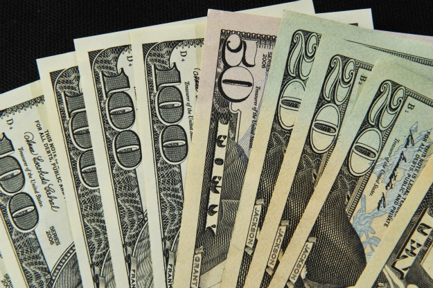 558020_110210_Money2.jpg