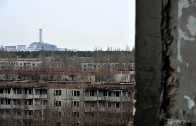 Ferris wheel: GENYA SAVILOV/AFP/Getty Images; All others: SERGEI SUPINSKY/AFP/Getty Images