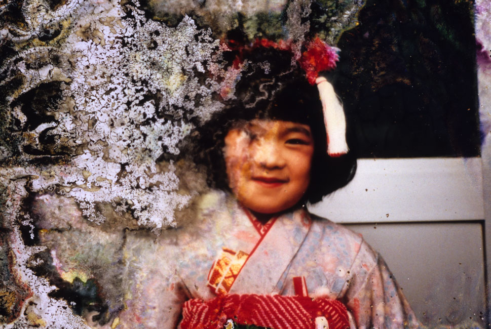 A girl dressed in a kimono for the shichi-g0-san festival.