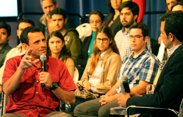DANIEL LARA (for the Capriles campaign)