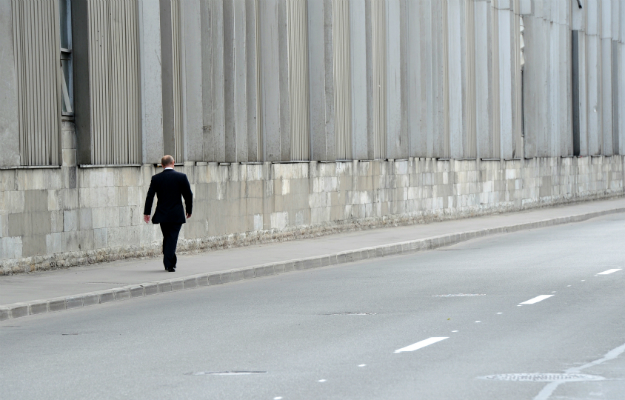 Putin Walks Alone Foreign Policy