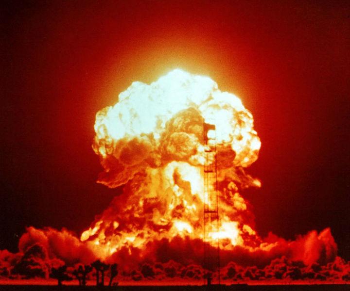 625393_nuclear-explosion.jpg
