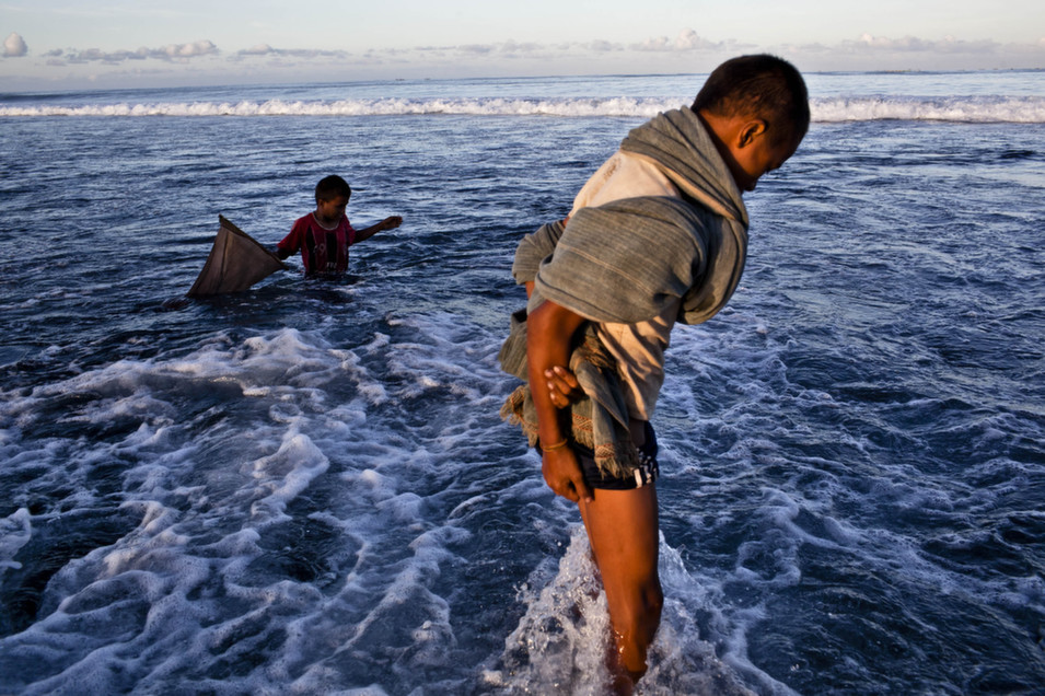 Sumbanese children  looking for sea worms during Nyale ritual as part of a pasola war festival at  Wainyapu village on March 23, in Sumba Island, Indonesia.       Ulet Ifansasti/Getty  Images