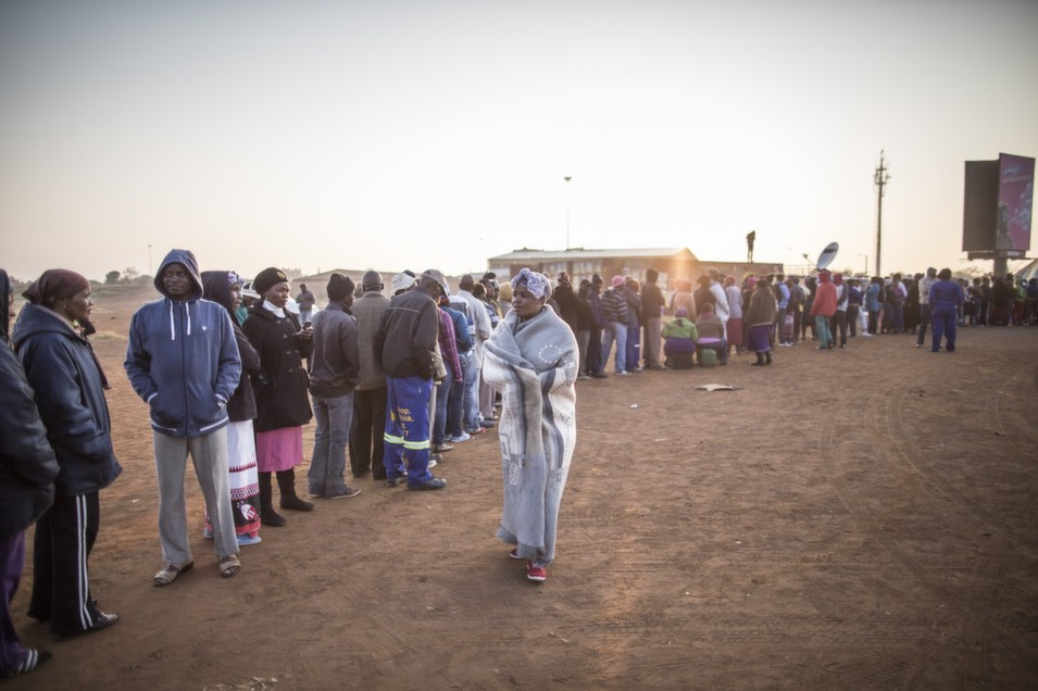South Africans queue to vote for the general elections on May  7, in the restive Bekkersdal township.       MARCO LONGARI/AFP/Getty Images