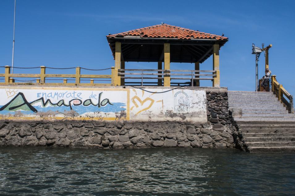 Amapala's main port.