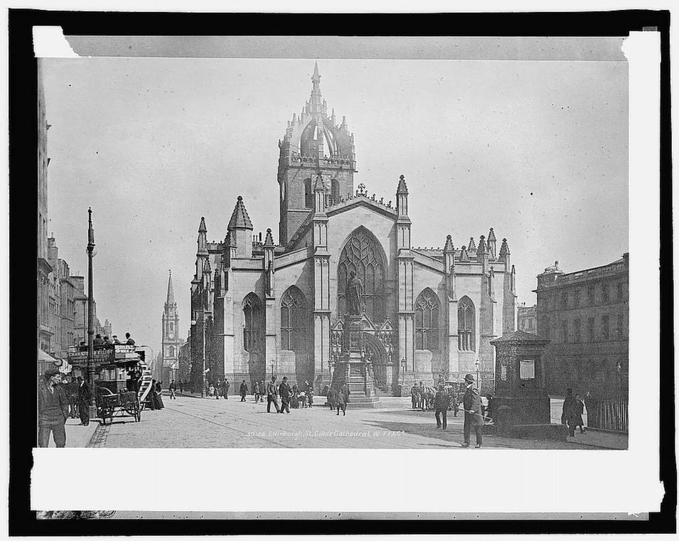 St. Gile's Cathedral, on Edinburgh's Royal Mile, ca. 1909. Construction on the church, which is dedicated to Edinburgh's patron saint, began in 1385.      Library of Congress