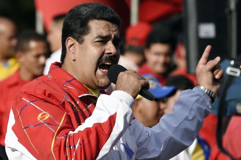 VENEZUELA-STUDENTS-DAY-MADURO