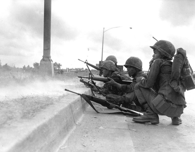 1024px-ARVN_Rangers_defend_Saigon,_Tet_Offensive