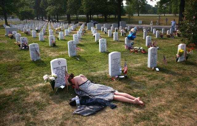 Cemetery-arlington-section-60-1_84883_990x742