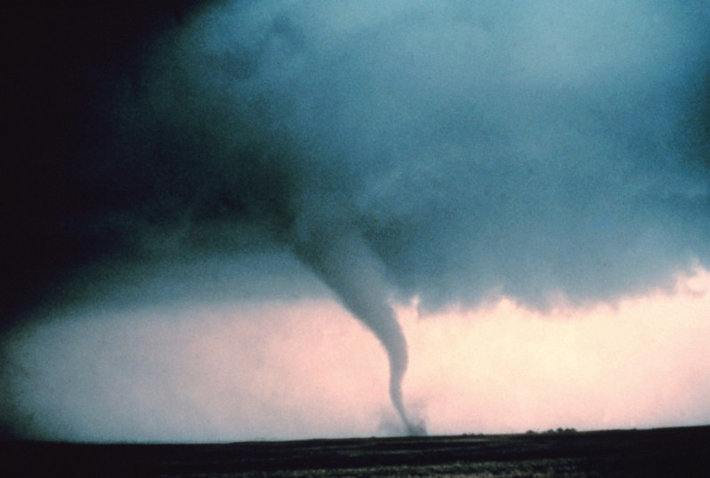 SOUTH OF DIMMITT, TX - JUNE 2:  A tornado strikes the landscape south of Dimmitt, Texas, 02 June 1995.  (Photo credit should read HARALD RICHTER/AFP/Getty Images)