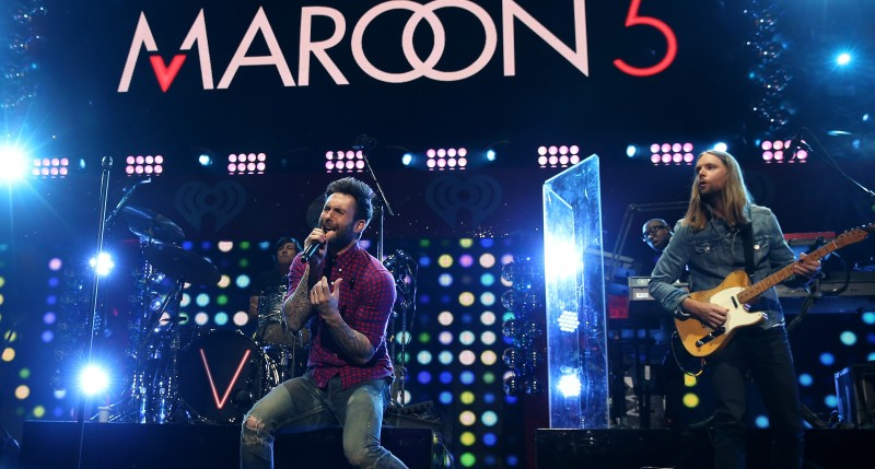 NEW YORK, NY - DECEMBER 12:  Adam Levine (L) and James Valentine of Maroon 5 perform onstage during iHeartRadio Jingle Ball 2014, hosted by Z100 New York and presented by Goldfish Puffs at Madison Square Garden on December 12, 2014 in New York City.  (Photo by Kevin Kane/Getty Images for iHeartMedia)