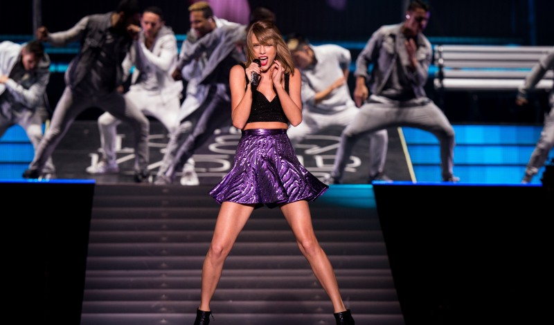 "BATON ROUGE, LA - MAY 22:  Taylor Swift performs on stage during ""The 1989 World Tour"" at LSU Tiger Stadium in Baton Rouge, LA on May 22, 2015.  (Photo by Christopher Polk/Getty Images for TAS)"