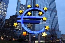 FRANKFURT AM MAIN, GERMANY - JANUARY 21:  The symbol of the Euro, the currency of the Eurozone, stands illuminated on January 21, 2015 in Frankfurt, Germany. The European Central Bank (ECB) is schedule to meet tomorrow and announce a large-scale bond buying program. The Euro has dropped sharply against the U.S. dollar in recent months.  (Photo by Hannelore Foerster/Getty Images)