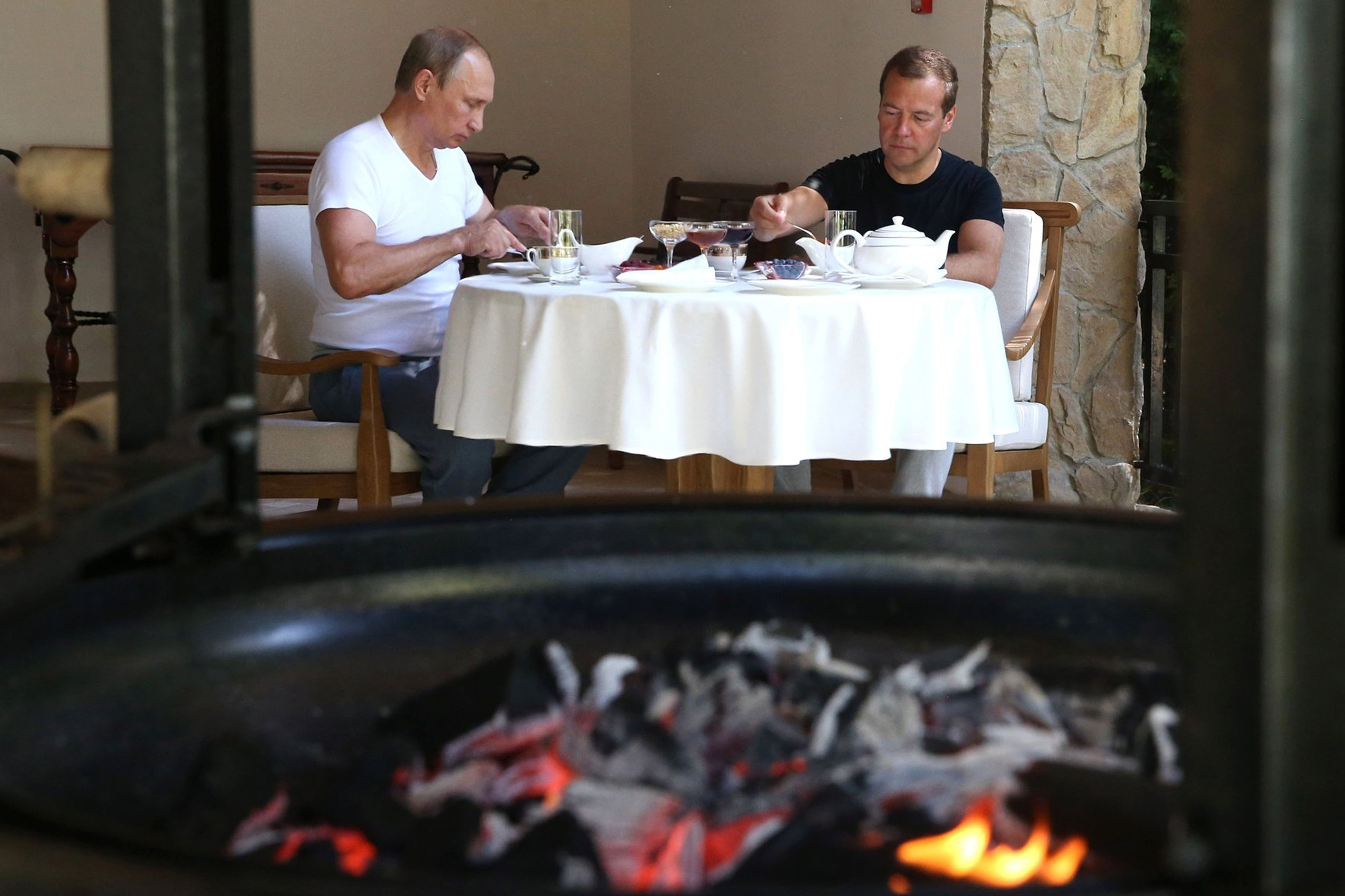 Working Out And Grilling With Putin In Photos Foreign Policy
