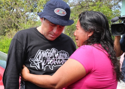 Salvadorean castaway Jose Salvador Alvarenga (L) greets Roselia Diaz (R), mother of dead castaway Ezequiel Cordoba, upon his arrival in El Fortin, Chiapas state, Mexico on March 15, 2014. Alvarenga, the Salvadoran castaway who says he survived more than a year at sea, flew to Mexico Friday to visit the family of a man who died during the odyssey across the Pacific. Alvarenga washed ashore in the Marshall Islands on January 30, telling reporters he survived the 12,500-kilometer voyage in a seven-meter fiberglass boat after leaving Mexico's Pacific coast 13 months earlier. AFP PHOTO/ Elizabeth RUIZ (Photo credit should read ELIZABETH RUIZ/AFP/Getty Images)