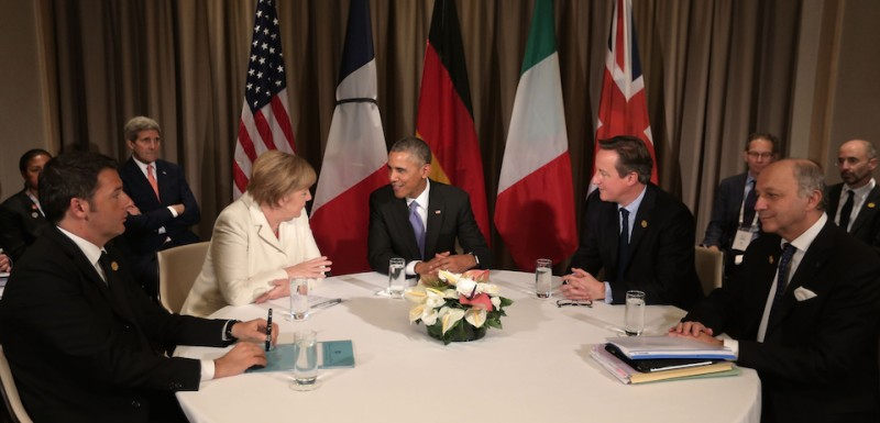 ANTALYA, TURKEY - NOVEMBER 16:  Italian (L-R) Prime Minister Matteo Renzi, Germany's Chancellor Angela Merkel, U.S President Barack Obama, British Prime Minister David Cameron and French Minister of Foreign Affairs and International Development Laurent Fabius talk during a round table meeting on day two of the G20 Turkey Leaders Summit on November 16, 2015 in Antalya, Turkey. World leaders will use the summit to discuss issues including, climate change, the global economy, the refugee crisis and terrorism. The two day summit takes place in the wake of the massive terrorist attack in Paris which killed more than 120 people.  (Photo by Chris McGrath/Getty Images)
