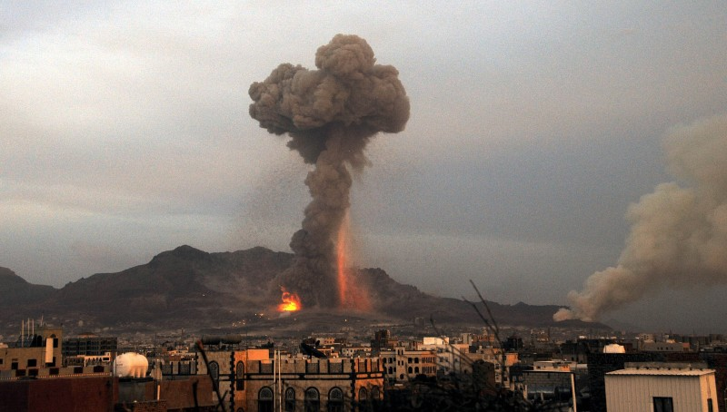 SANAA, YEMEN - MAY 11: Fire and smoke rise after Saudi-led warplanes bombed weapon storage sites held by Shiite Houthi militant group in Yemeni capital Sanaa on May 11, 2015. (Photo by Mohammed Hamoud/Anadolu Agency/Getty Images)