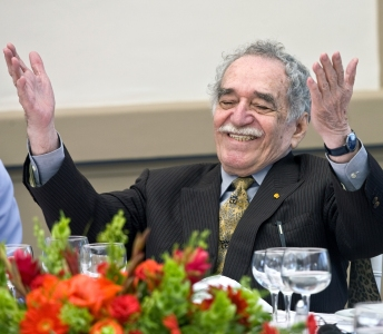 """(FILE) Colombian writer Gabriel Garcia Marquez gestures during a celebration for Mexican writer Carlos Fuentes' 80th birthday in Mexico City, on November 17, 2008. The octogenarian writer Garcia Marquez will release next October 29 a new book called """"Yo no vengo a decir un discurso"""" (I am not here to deliver a speech), which collects together 22 texts written to be read in public. AFP PHOTO/Ronaldo SCHEMIDT (Photo credit should read Ronaldo Schemidt/AFP/Getty Images)"""