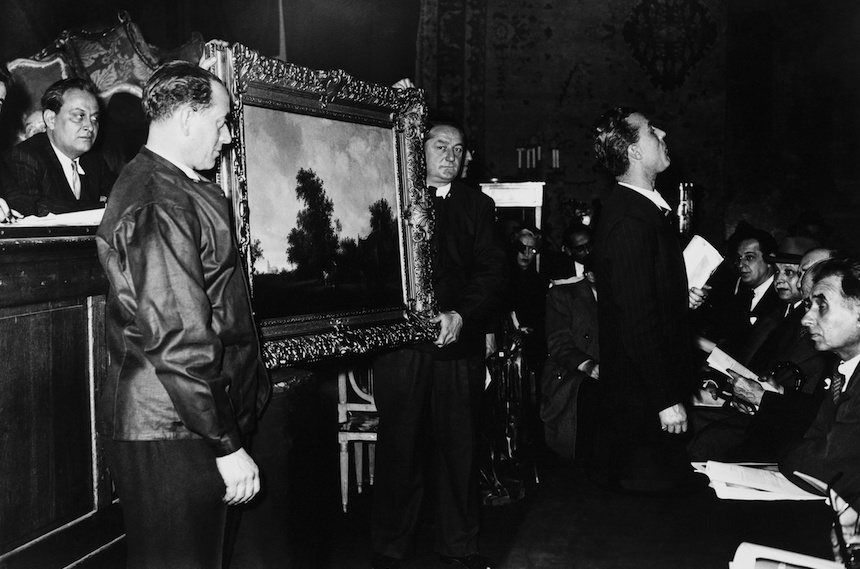 "FRANCE - DECEMBER 01:  Salomon Ruysdael'S Work Of Art Auction ""Halte Devant L'Auberge"" Stolen By Nazis During The Second World War In Paris On December 1948  (Photo by Keystone-France/Gamma-Keystone via Getty Images)"