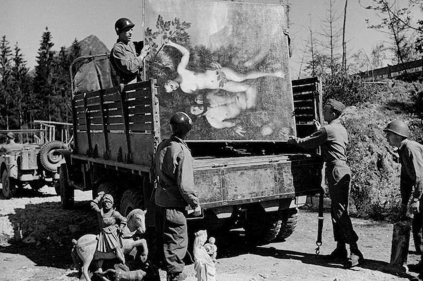 UNTERSTEIN, GERMANY - APRIL 01:  American soldiers of the 101st Airborne loading a truck with recovered art treasures stolen by German General Hermann Goering.  (Photo by William Vandivert/The LIFE Picture Collection/Getty Images)
