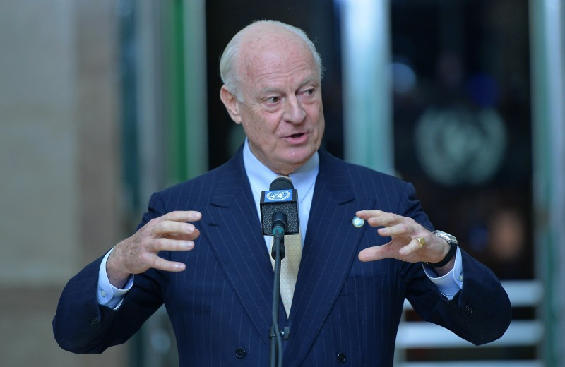 GENEVA, SWITZERLAND - FEBRUARY 01: UN's special envoy to Syria Staffan Domingo de Mistura speaks to media after he met with Syrian main oppositions' High Negotiations Committee (HNC) delegates during ongoing Syrian peace talks in Geneva, Switzerland on February 01, 2016.   (Photo by Dursun Aydemir/Anadolu Agency/Getty Images)