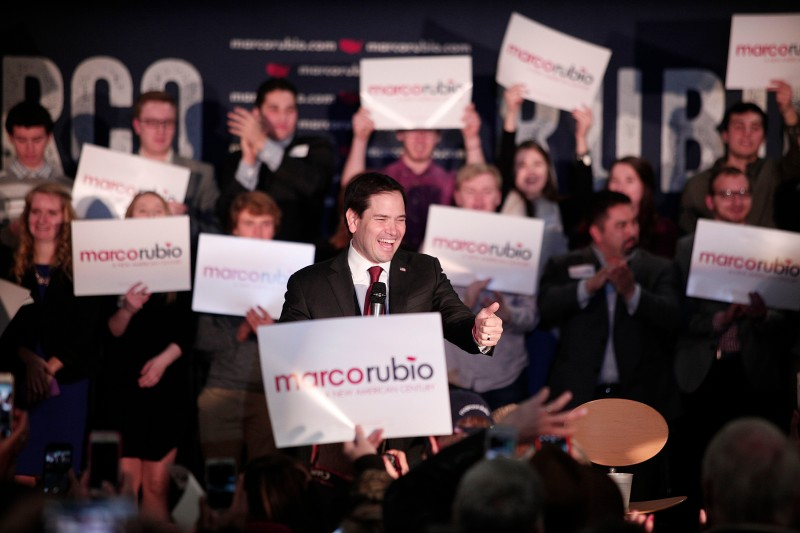 GRAND RAPIDS, MI - FEBRUARY 23:  Republican presidential candidate, Sen. Marco Rubio (R-FL) holds a campaign rally at Lacks Enterprises February 22nd, 2016 in Grand Rapids, Michigan. Rubio opted to campaign in Michigan rather than be in Nevada on the night of the Nevada caucuses. (Photo by Bill Pugliano/Getty Images)