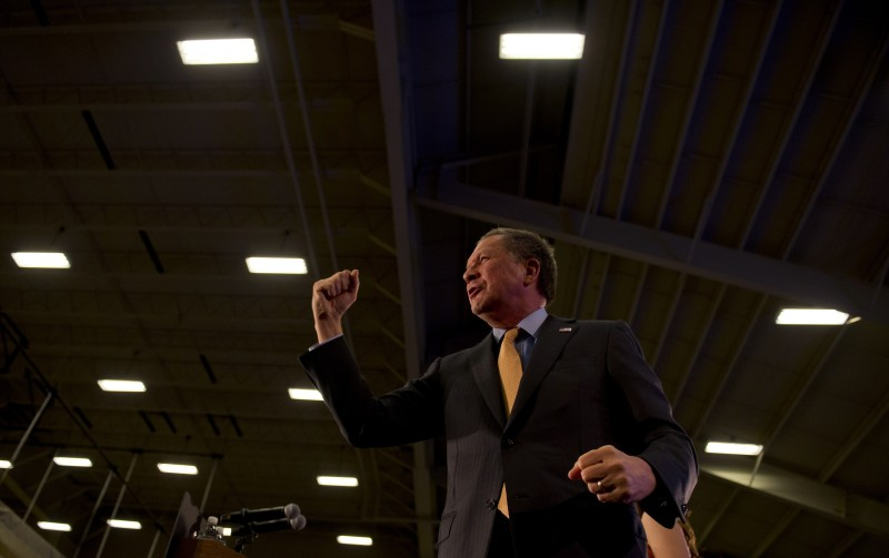 BEREA, OH - MARCH 15:  Republican presidential candidate, Ohio Gov. John Kasich greets supporters at Baldwin Wallace University March 15, 2015 in Berea, Ohio. Kasich won the Ohio primary tonight.  (Photo by Jeff Swensen/Getty Images)