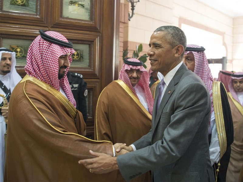 RIYAD, SAUDI ARABIA - APRIL 20:  US President Barack Obama (R) shakes hands with Saudi Defense Minister  Muhammed bin Salman Erga Palace in Riyadh,  on April 20, 2016. During his two-day visit, Obama is to attend a Gulf summit.  (Photo by Pool / Bandar Algaloud/Anadolu Agency/Getty Images)