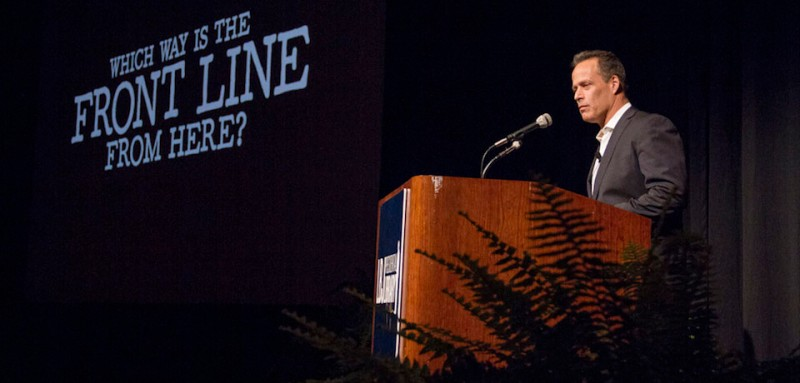 Director Sebastian Junger discusses his film after screening the 77-minute documentary, Which Way is the Front Line From Here?, which debuted at the 2013 Sundance Film Festival and will make its HBO premiere on April 18. Photo by Lauren Gerson.