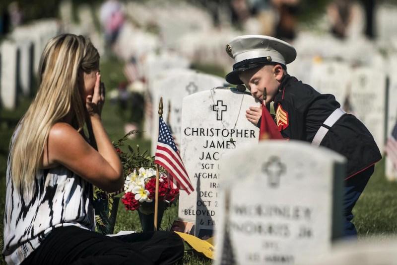Memorial Day in Arlington National Cemetery 2015