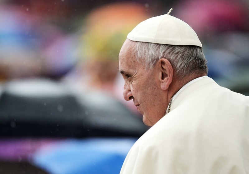 VATICAN, VATICAN CITY - MAY 14: Pope Francis holds a Jubilee audience under pouring rain on May 14, 2016 in the Vatican, Vatican City. Pope Francis invited the faithful to recognise and question those who show compassion to animals while ignoring the suffering neighbour.  (Photo by Andrea Franceschini/Corbis via Getty Images)