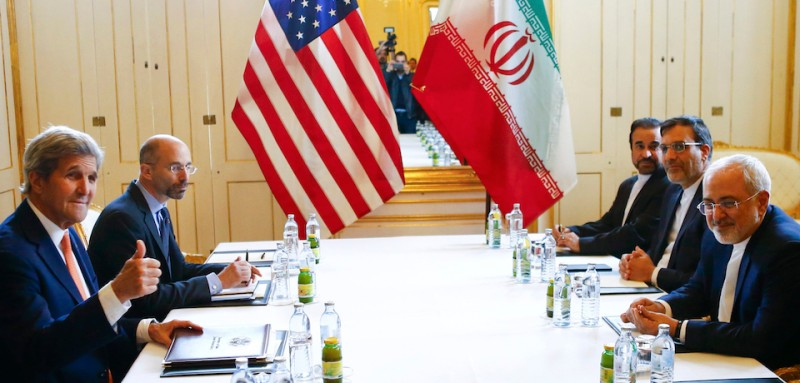 US Secretary of State John Kerry (L) and Iran's Foreign Minister Mohammad Javad Zarif attend a bilateral meeting in Vienna, Austria, May 17, 2016.   / AFP / POOL / LEONHARD FOEGER        (Photo credit should read LEONHARD FOEGER/AFP/Getty Images)