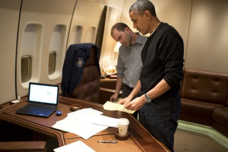 Deputy National Security Ben Rhodes edits President Barack Obama's speech aboard Air Force One (Pete Souza/White House/Flickr)