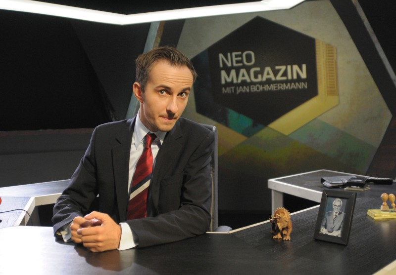 (GERMANY OUT) NEO MAGAZINE with Jan Boehmer man, this is the new weekly, satirical show in ZDFneo. As of October 31, 2013, Thursday 23.00 clock.   (Photo by Spiegl/ullstein bild via Getty Images)