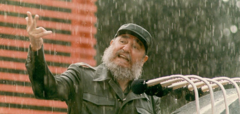 (FILE) Cuban president, Fidel Castro, inaugurates several newly built areas added to an old Havana hospital, 05 June 1989. AFP PHOTO/FILE/RAFAEL PEREZ (Photo credit should read RAFAEL PEREZ/AFP/Getty Images)