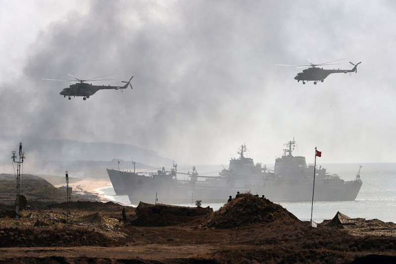 Russia's navy ships and helicopters take part in a military exercise called Kavkaz (the Caucasus) 2016 at the coast of the Black Sea in Crimea on September 9, 2016. / AFP / VASILY MAXIMOV        (Photo credit should read VASILY MAXIMOV/AFP/Getty Images)
