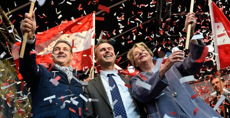 Right-wing Austrian Freedom Party (FPOe) leader Heinz-Christian Strache, FPOe presidential candidate Norbert Hofer and Ursula Stenzel attend the final election rally ahead of the election in Vienna, Austria, on May 20, 2016.  / AFP / APA / HELMUT FOHRINGER / Austria OUT        (Photo credit should read HELMUT FOHRINGER/AFP/Getty Images)