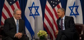 US President Barack Obama (R) talks with Israeli Prime Minister Benjamin Netanyahu during a bilateral meeting in New York on September 21, 2016.  / AFP / JIM WATSON        (Photo credit should read JIM WATSON/AFP/Getty Images)