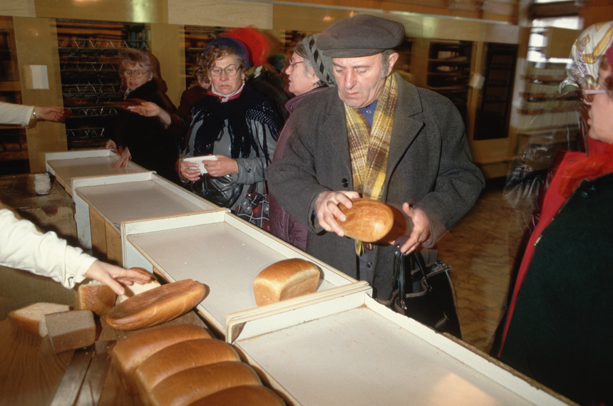 Russians must wait in food lines to get whatever goods are available.   (Photo by Peter Turnley/Corbis/VCG via Getty Images)