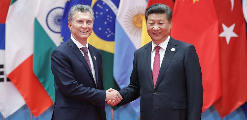 HANGZHOU, CHINA - SEPTEMBER 04:  Chinese President Xi Jinping (right) shakes hands with Argentina's president Mauricio Macri to the G20 Summit at the Hangzhou International Expo Center on September 4, 2016 in Hangzhou, China. World leaders are gathering in Hangzhou for the 11th G20 Leaders Summit from September 4 to 5.  (Photo by Lintao Zhang/Getty Images)